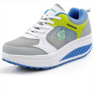 新款休闲鞋摇摇鞋批发厚底圆头瘦身鞋单鞋松糕鞋 女式鞋 潮2012
