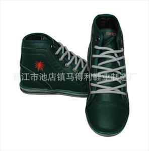 厂家直销男式休闲鞋 大量批发 品质保证
