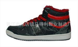 2012新款 时尚款休闲鞋 各类休闲鞋 厂家直销