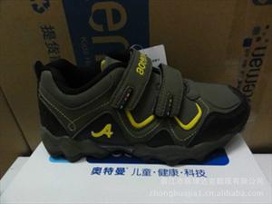 正品新款奥特曼童鞋 时尚休闲户外小童运动鞋