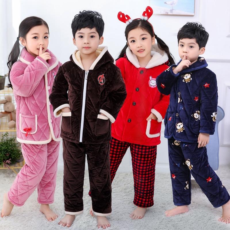 一件代發2019秋冬新款法蘭絨兒童睡衣水晶絨三層夾棉套裝童家居服