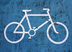 """共享单车泛滥成灾,北京加大""""禁投令""""管理力度"""