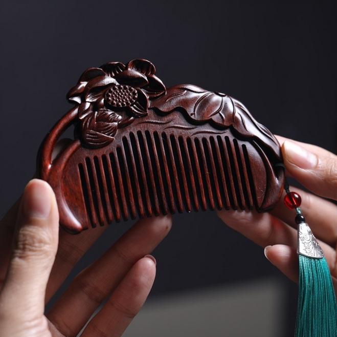 印度小叶紫檀梳子定制紫檀木梳子红木梳子雕刻logo图案木头梳子